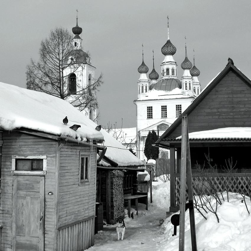 Деревенский дворик в окрестностях